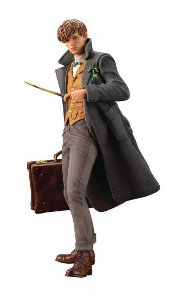 FANTASTIC BEASTS CRIMES OF GRINDEWALD NEWT SCAMANDER ARTFX+ STATUE