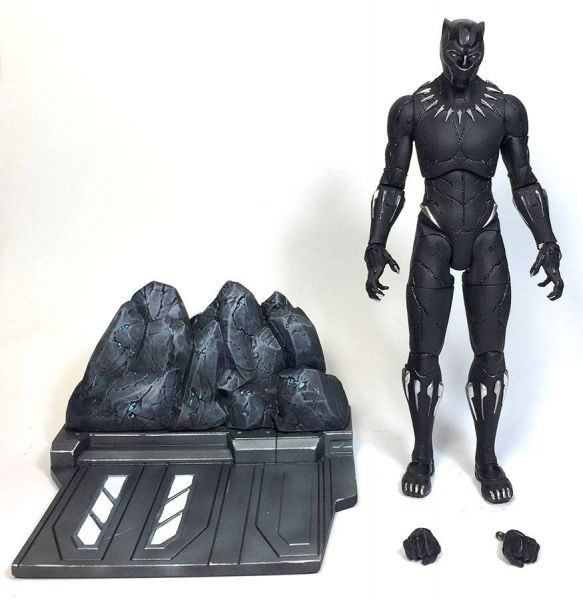 MARVEL SELECT BLACK PANTHER MOVIE ACTIONFIGUR