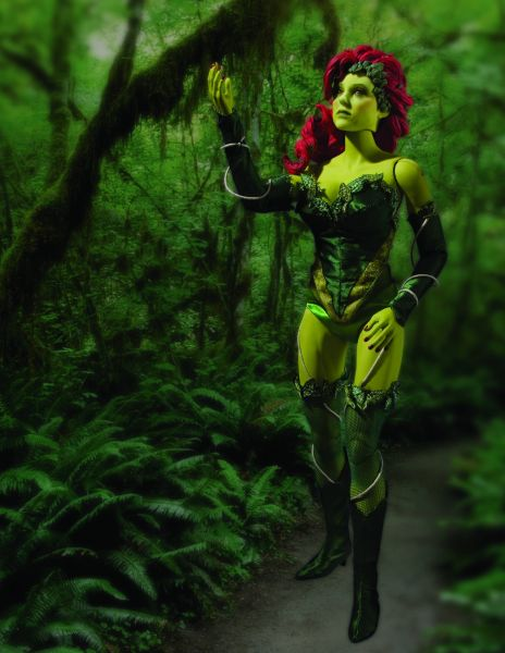 POISON IVY 1/6 SCALE COLLECTOR FIGURE