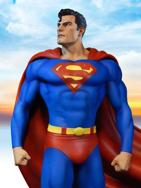DC SUPER POWERS COLLECTION SUPERMAN 17INCH MAQUETTE STATUE