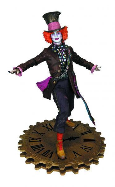 ALICE THROUGH THE LOOKING GLASS GALLERY HATTER PVC STATUE
