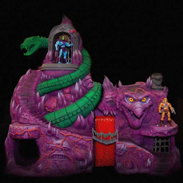 VORBESTELLUNG ! Masters of the Universe Classics Snake Mountain Playset