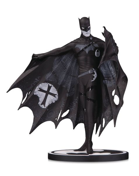 BATMAN BLACK & WHITE BATMAN STATUE BY GERARD WAY