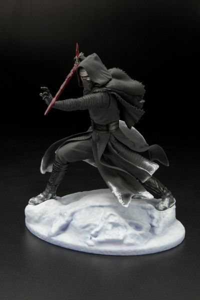 STAR WARS EPISODE 7 KYLO REN ARTFX STATUE