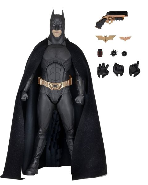 BATMAN BEGINS 1/4 SCALE ACTIONFIGUR