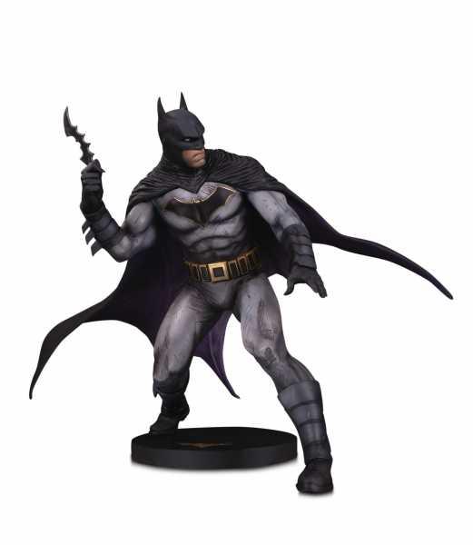 DC DESIGNER SERIES BATMAN BY OLIVIER COIPEL STATUE