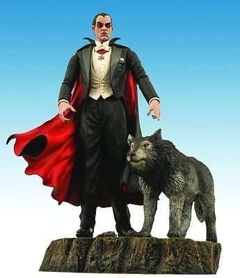 UNIVERSAL MONSTERS DIAMOND SELECT DRACULA 20CM ACTIONFIGUR