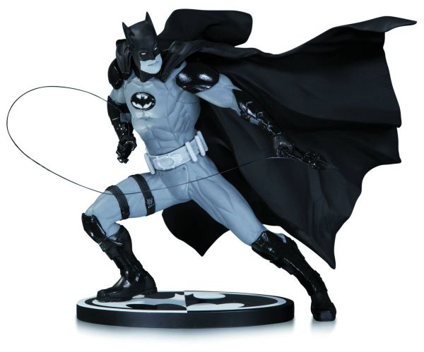 BATMAN BLACK AND WHITE STATUE BY IVAN REIS
