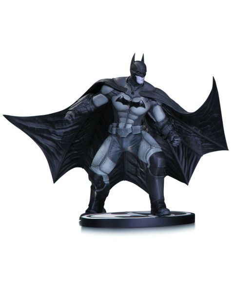 BATMAN BLACK AND WHITE STATUE BATMAN ARKHAM ORIGINS