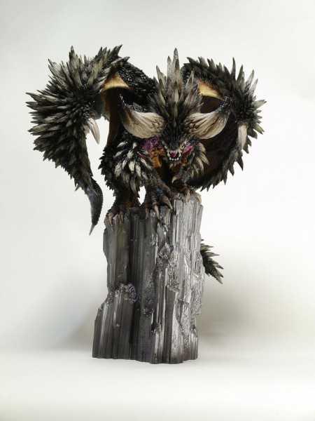 VORBESTELLUNG ! Monster Hunter PVC Statue CFB Creators Model Nergigante 32 cm