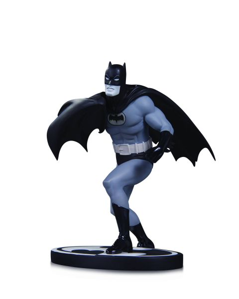 BATMAN BLACK AND WHITE STATUE BATMAN BY INFANTINO