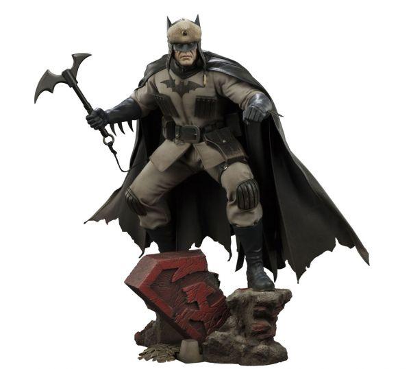 DC Comics Premium Format Figur Batman Red Son 57 cm
