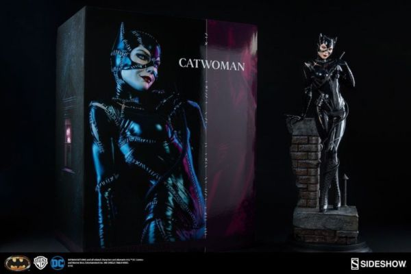 DC COMICS 55cm CATWOMAN PREMIUM FORMAT STATUE