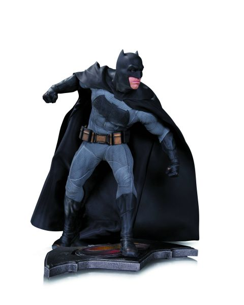 BATMAN V SUPERMAN DOJ BATMAN STATUE