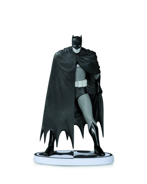 BATMAN BLACK AND WHITE STATUE BY DAVE MAZZUCCHELLI 2ND EDITION