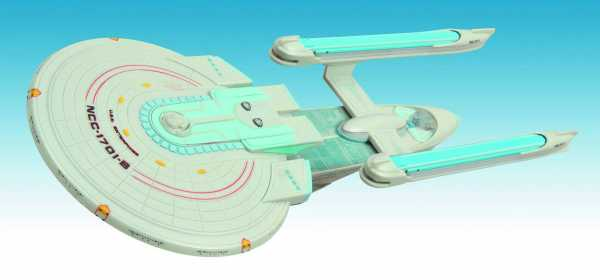 STAR TREK ENTERPRISE B RAUMSCHIFF MIT LICHT & SOUND