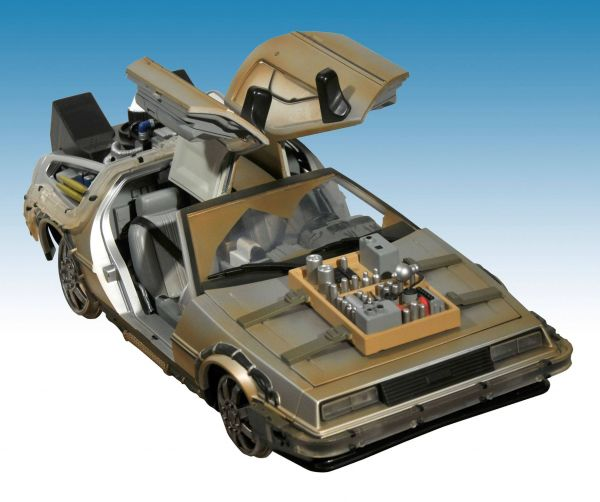 BACK TO THE FUTURE III RAIL READY TIME MACHINE DELOREAN