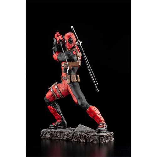 MARVEL DEADPOOL MAXIMUM FINE ART STATUE