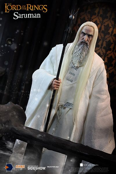 The Lord of the Rings 1/6 Saruman 30cm Actionfigur