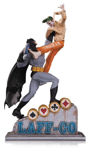 BATMAN VS JOKER LAFF CO BATTLE STATUE
