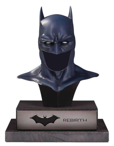 DC GALLERY BATMAN REBIRTH COWL