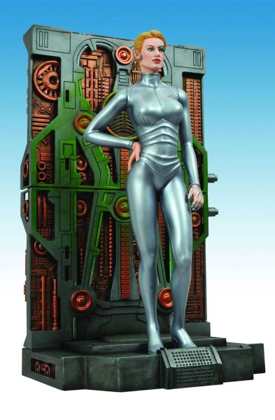 STAR TREK FEMME FATALES SEVEN OF NINE PVC STATUE