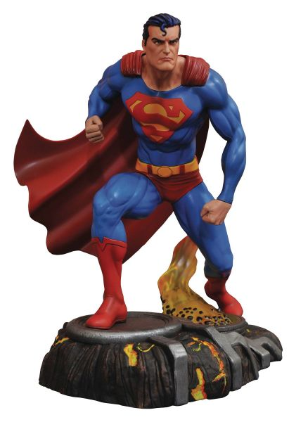 DC GALLERY SUPERMAN COMIC PVC STATUE