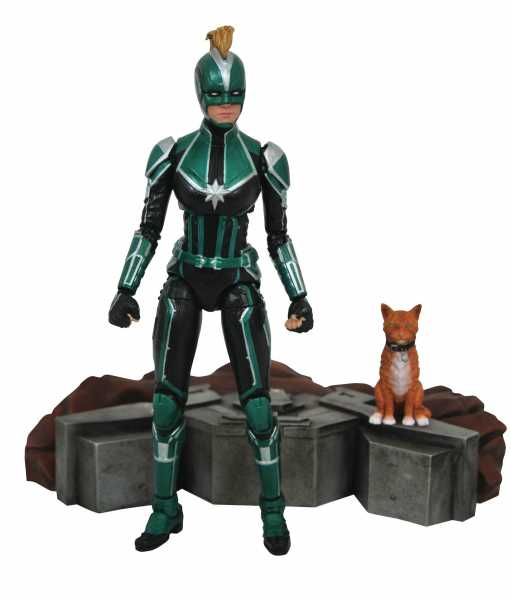 MARVEL SELECT CAPTAIN MARVEL MOVIE ACTIONFIGUR