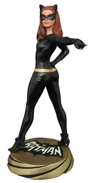 BATMAN 1966 PREMIER COLLECTION CATWOMAN STATUE