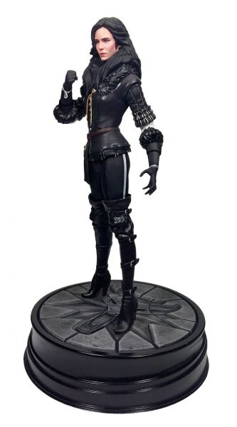 WITCHER 3 WILD HUNT YENNEFER STATUE
