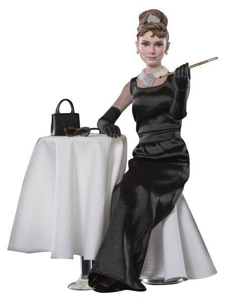 BREAKFAST AT TIFFANYS HOLLY GOLIGHTLY 1/6 ACTIONFIGUR DELUXE VERSION