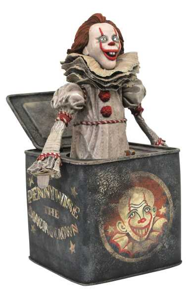 VORBESTELLUNG ! IT 2 GALLERY PENNYWISE IN BOX PVC STATUE