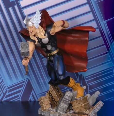 MARVEL SELECT THOR ACTIONFIGUR